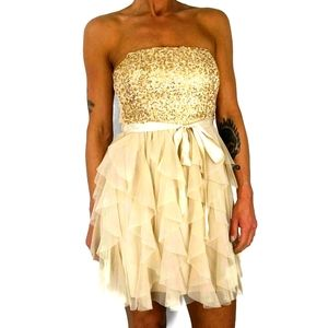 Finesse Golden Tulle Strapless Dress Size Small